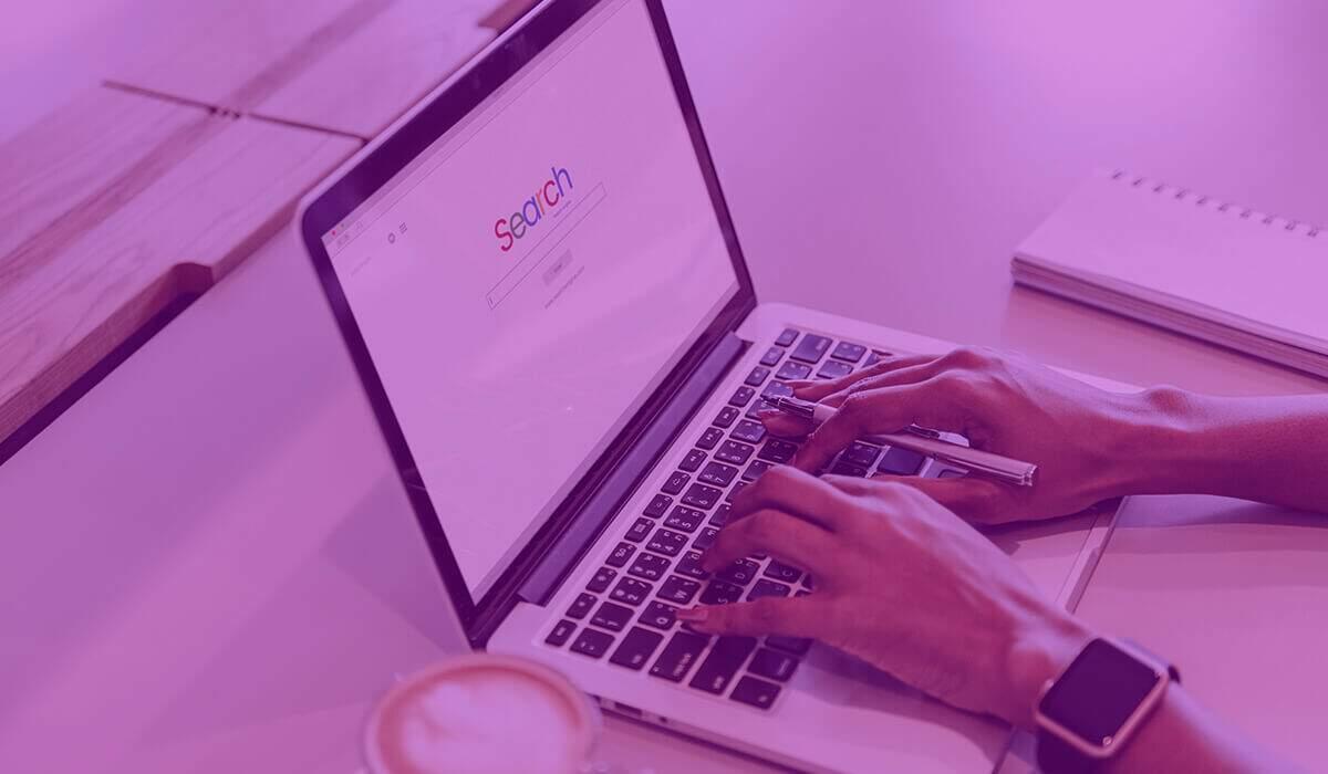 Sistemas de localização online de clientes devedores